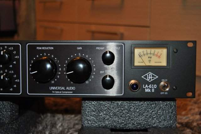 LA 610 Universal Audio - Preamplificatore